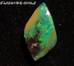 8,6ct. GEM BOULDER OPAL GREEN GOLD!