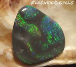 13,6ct SOLID BLACK OPAL CARVING GREEN BLUE TURQUISE GOLD