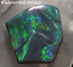 BLACK OPAL GREEN-GOLD-RED 29.7 carat